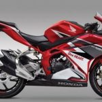 Honda CBR250RR เครื่องยนต์ 2 สูบ 4 จังหวะ ความจุ 249.7 ซีซี. DOHC 8 วาล์ว 2017